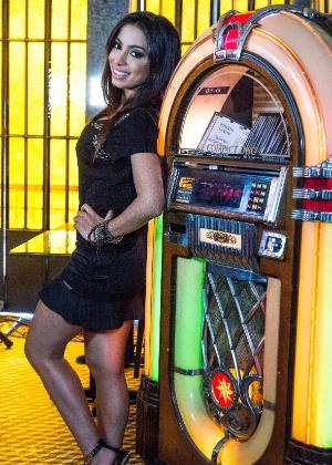MIB (Música Imbecil Brasileira) - Página 3 Anitta-faz-participacao-como-ela-mesma-em-amor-a-vida-1386368515241_300x420