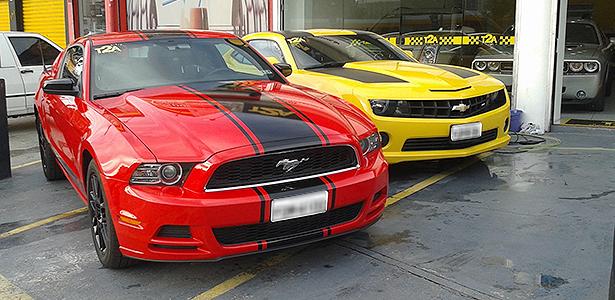 A Importação de Automóveis no Brasil Ford-mustang-e-chevrolet-camaro-importados-1399328366592_615x300