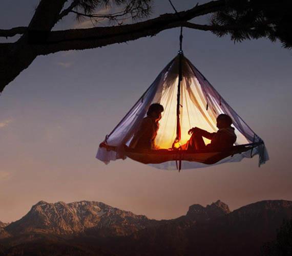 Što biste radili s osobom iznad, prikaži slikom - Page 15 Hanging-Tent