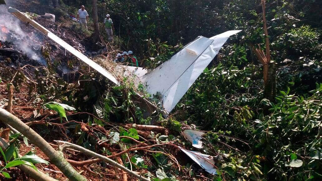 aeronaves - Accidentes de Aeronaves (Civiles) Noticias,comentarios,fotos,videos.  - Página 10 Avioneta1