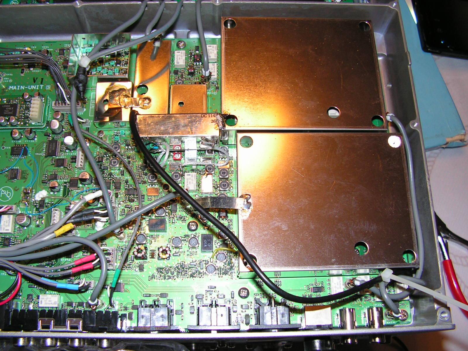 FT2000 : Dongle RTL SDR - Mise en place Connecteur-h-crampe3