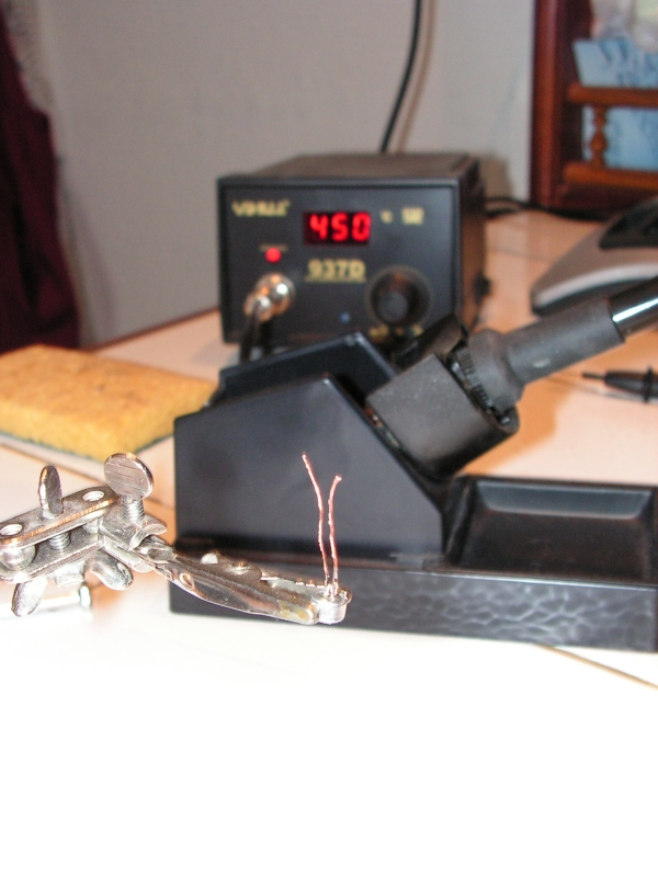 HM151 : Amélioration du microphone de l'IC7000 Pastille-wm61-pattes-courtes