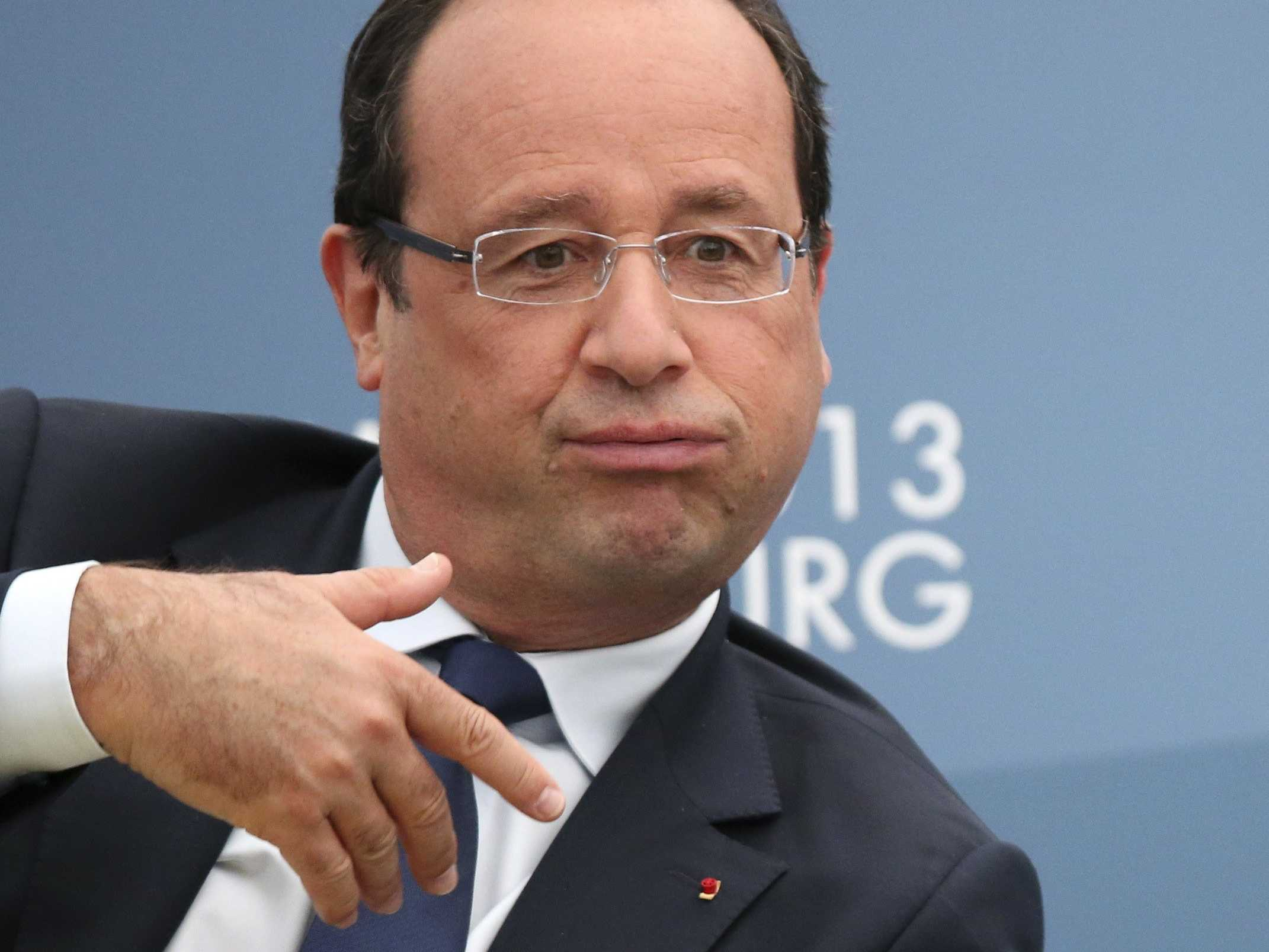 [Jeu] Suite d'images !  - Page 29 French-president-francois-hollande-might-give-up