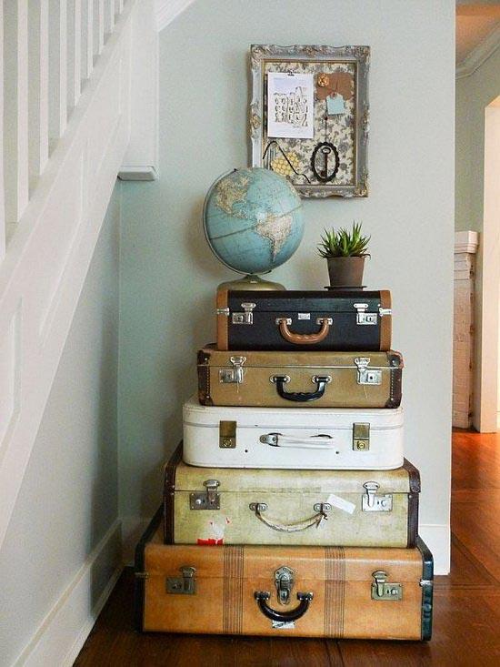 чемоданное настроение Suitcases-decor-12
