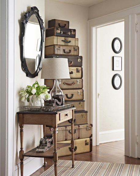 чемоданное настроение Suitcases-decor-15