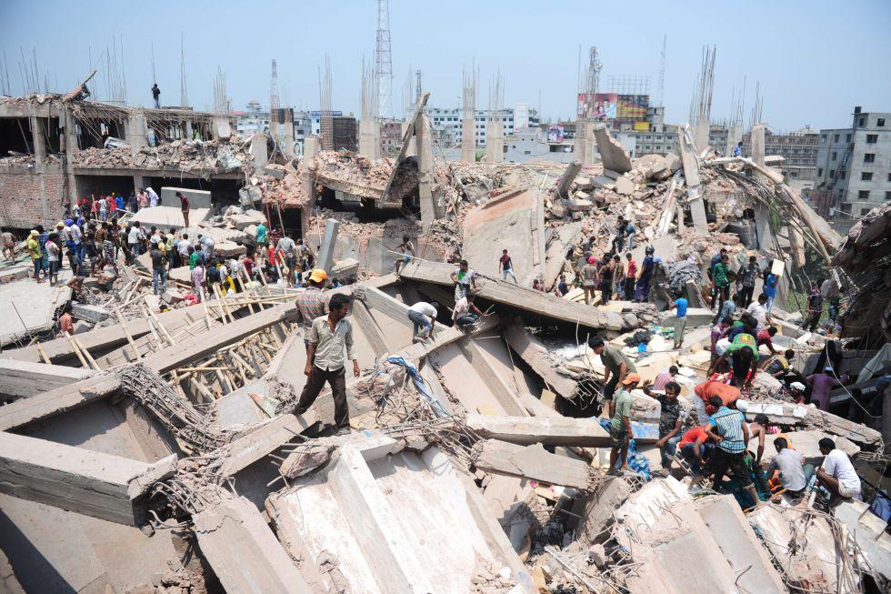 Bangladesh - Bangladesh: Centenares de proletarias y proletarios mueren en fábricas textiles  1366823387_942054_1366823936_album_normal