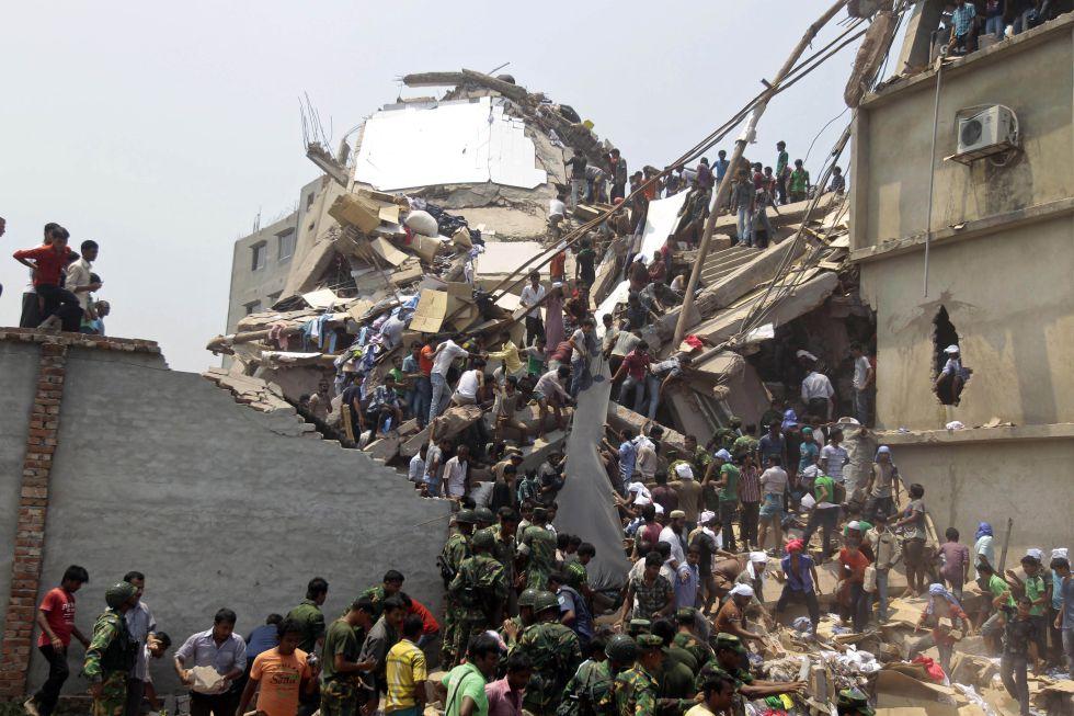 Bangladesh - Bangladesh: Centenares de proletarias y proletarios mueren en fábricas textiles  1366823387_942054_1366825454_album_normal