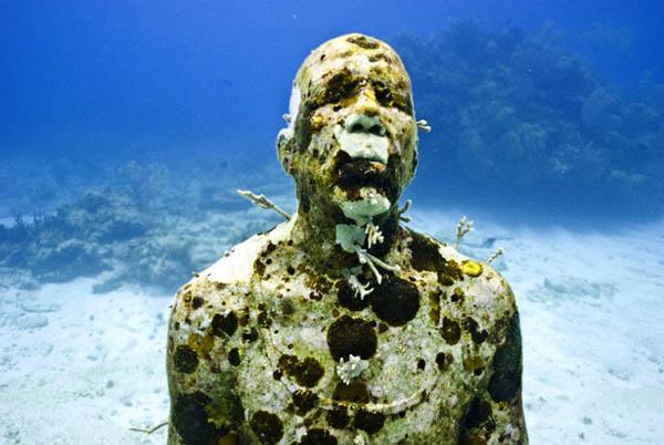 ou suis je,Jovany 15/03/17 bravo Ajonc Martine MUSA-Cancun-Underwater-Museum-Of-Greek-Mythology