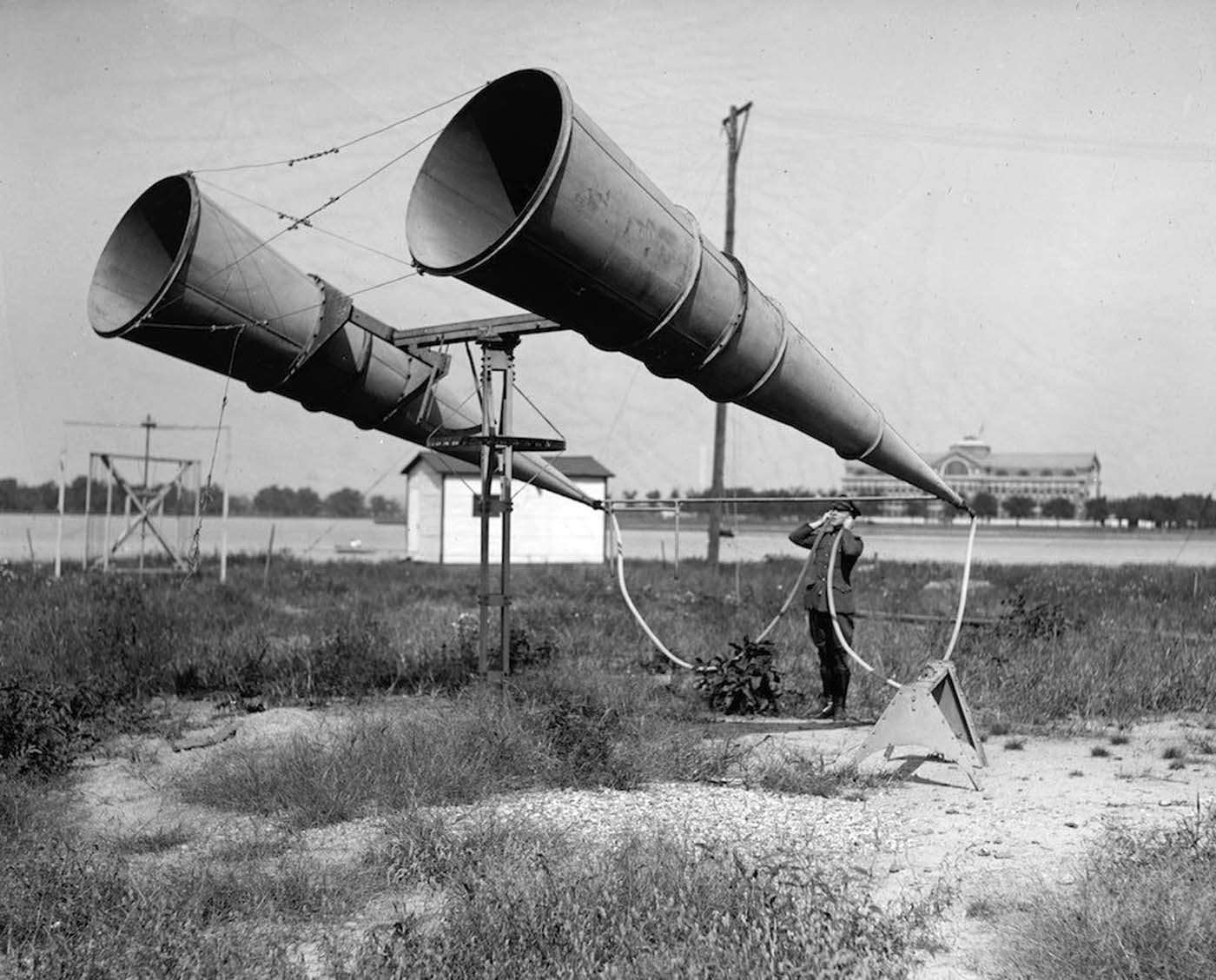 The Shocking and Bizarre 42.-Aircraft-detection-before-the-invention-of-the-Radar-c.-1917