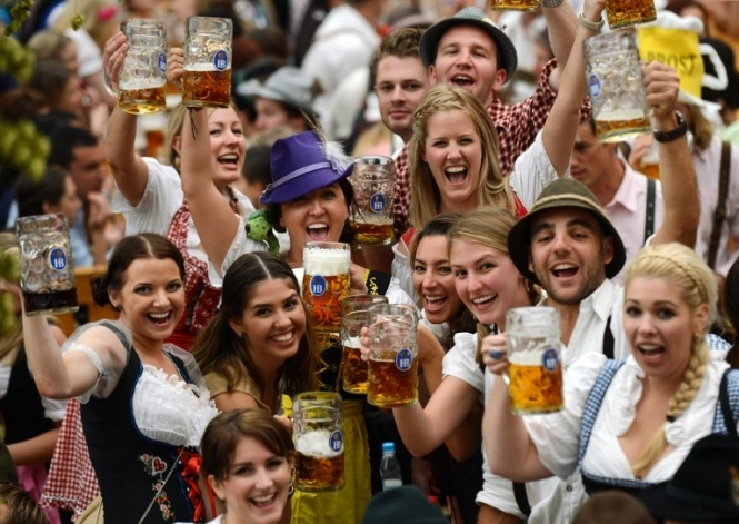 Oktoberfest in Munich - Page 7 000_dv1315373
