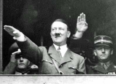 Foto escandalosa del presidente Santos de Colombia Hitler%20Nazi%20Salute