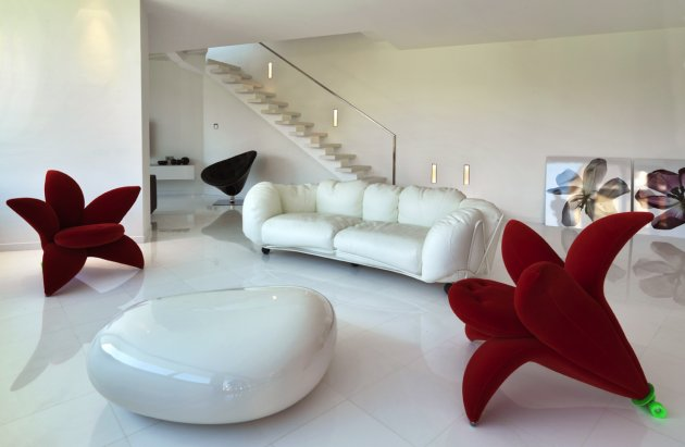 Lumax Luxury_italian_contemporary_architecture_property_modern_home_interior_design_living_room_furniture_seating_chairs_red_white