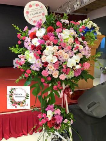 Khu vực cộng đồng: Hoa hồng trắng mang đến cho bạn những thăng bậc cảm xúc trong tình yêu Q471-2500k-jpg-20181029174909MHhW82jeTW_thum