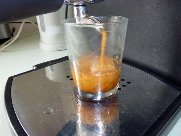 Peu de crema avec pas mal de cafés d'origine... Mala3