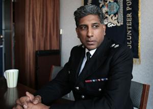 Мусульманину в полиции Британии отказали в продвижении по службе 26066