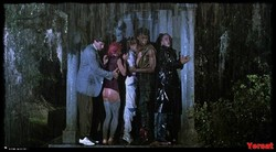 Linnea Quigley - The Return Of The Living Dead (1985) 1003_s