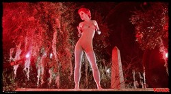 Linnea Quigley - The Return Of The Living Dead (1985) 1001_s