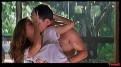 Denise Richards & Neve Campbell - Wild Things (1998) 1018_s