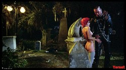 Linnea Quigley - The Return Of The Living Dead (1985) 1008_s