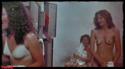 Sissy Spacek & Nancy Allen @ Carrie (US 1976) 1002_s