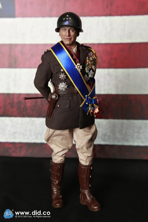 Une poupée Nazie. Patton0059_m