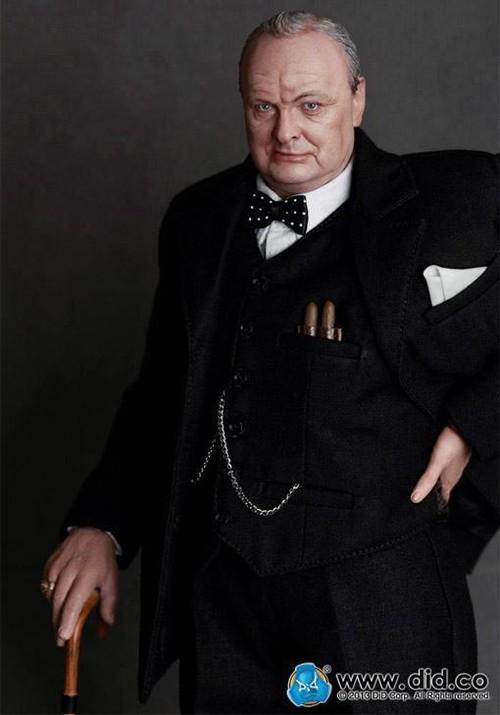 Une poupée Nazie. DID-K80090-Winston-Churchil-WWII-Action-Figure-04_m