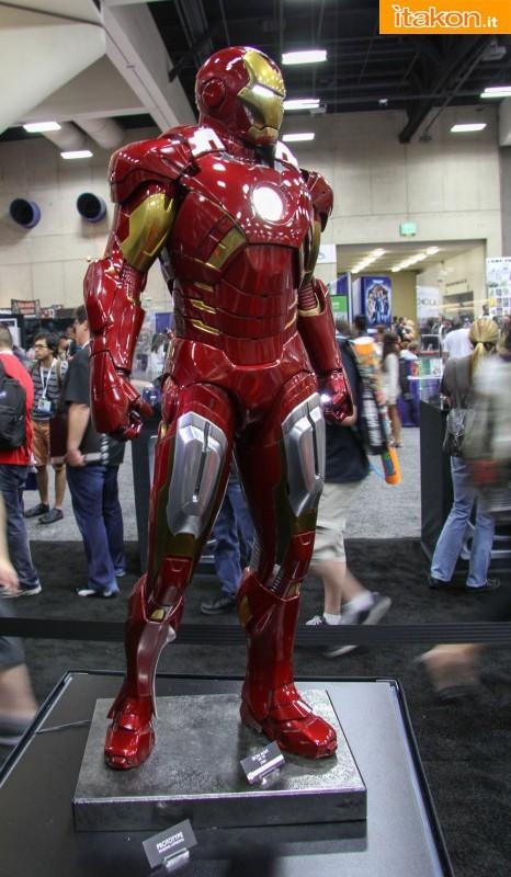 [Sideshow] Iron Man Mark VII - Legendary Scale figure - LANÇADO!!! SDCC2013-sideshow-Life-Size-e-Legendary-19-466x800