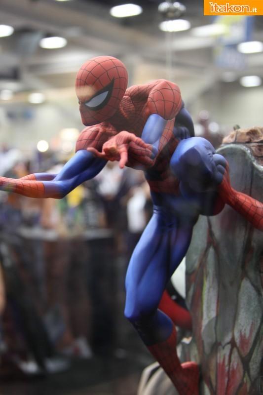 """[Sideshow] Spider-Man """"Classic"""" Comiquette - by Scott Campbell LANÇADO!!! - Página 2 SDCC2013-sideshow-premium-format-711-533x800"""