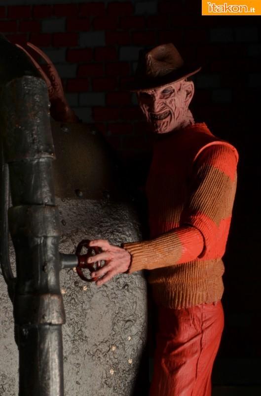 [NECA] A Nightmare On Elm Street: Freddy Krueger NES version  Freddy-Krueger-NES-Version-003-529x800