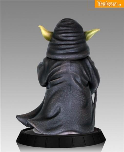 [Gentle Giant] Star Wars: Yoda Hoth Statue Yoda-Hoth-Statue-5