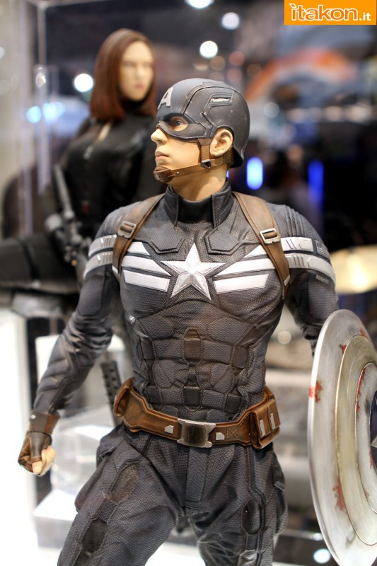 [Gentle Giant] Captain America Winter Soldier 1/4 Statue  - Página 3 110
