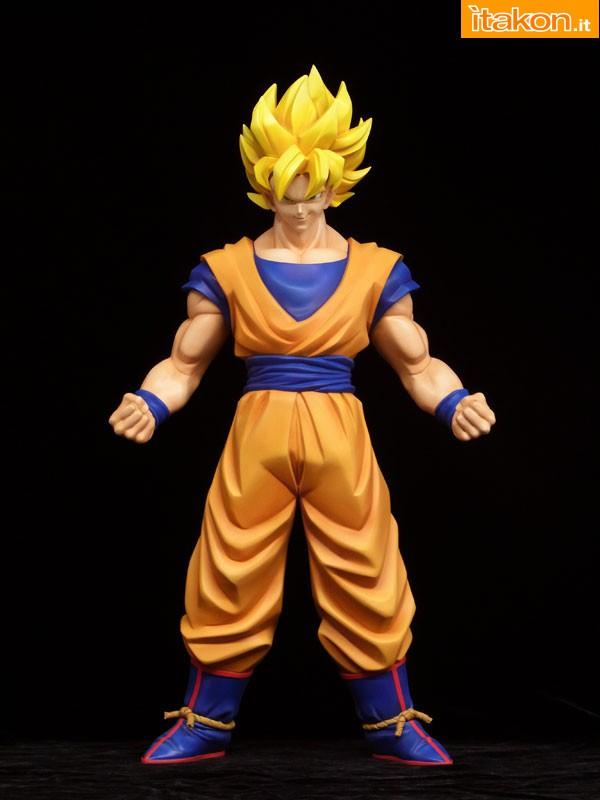 [Calendário de Lançamentos][Tópico Oficial] Figuras Japonesas - Janeiro 2013 - Página 4 6-gennaio-x-plus-Son-Goku-Super-Saiyan