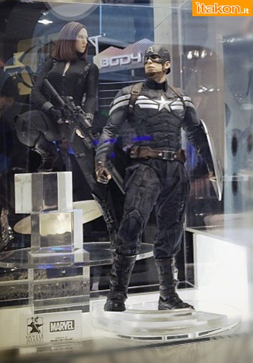 [Gentle Giant] Captain America Winter Soldier 1/4 Statue  Gentle-giant-captain-america