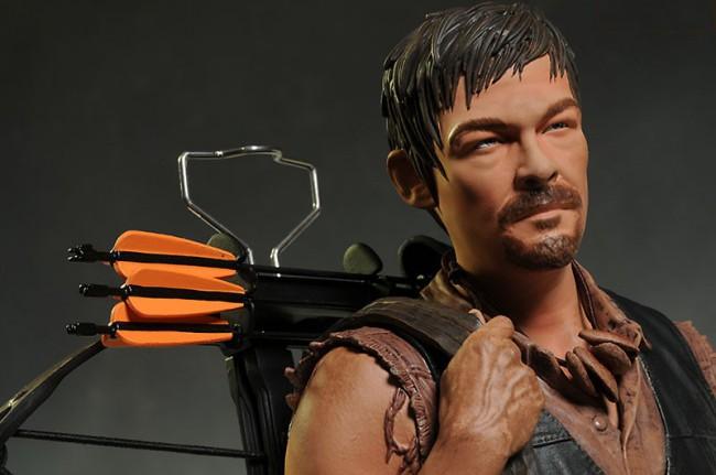 [Gentle Giant] The Walking Dead: Daryl Dixon Mini Bust Gentle-giant-2-650x431