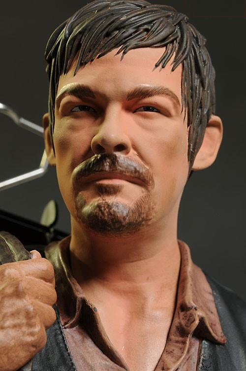 [Gentle Giant] The Walking Dead: Daryl Dixon Mini Bust Gentle-giant-7