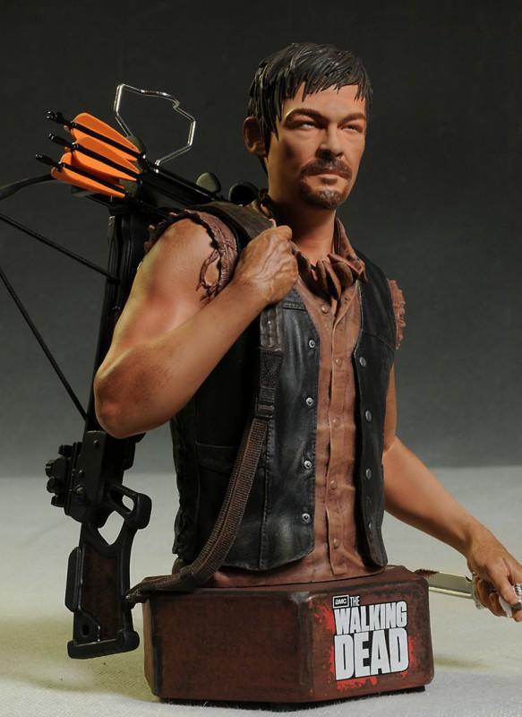 [Gentle Giant] The Walking Dead: Daryl Dixon Mini Bust Gentle-giant-9-583x800