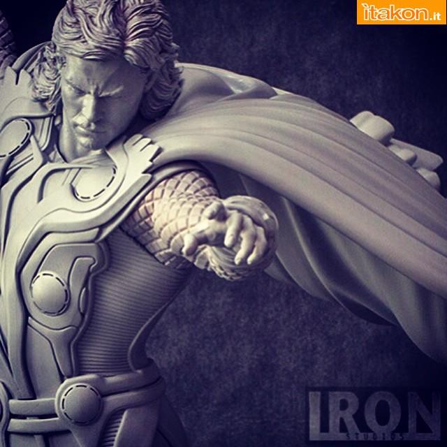 [Iron Studios] The Avengers Diorama Battle Scene - Página 6 C1