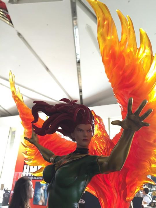 Premium Collectibles : Jean Grey - Phoenix  - Page 6 1-1