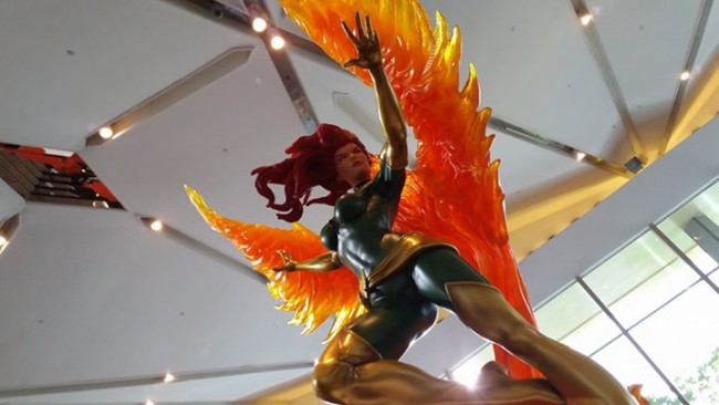 Premium Collectibles : Jean Grey - Phoenix  - Page 6 421-650x366