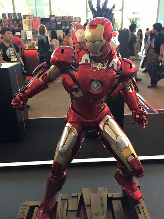 Premium Collectibles : Iron man MK VII - Page 3 B210