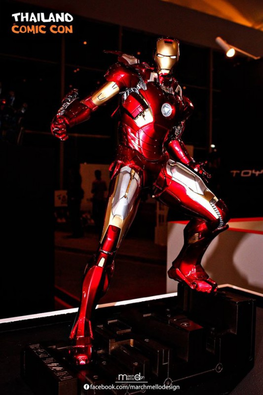 Premium Collectibles : Iron man MK VII - Page 3 B26-533x800