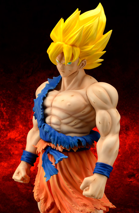 [X-Plus] Dragon Ball Z: Son Goku SSj Damage ver. - Gigantic Series Goku-SSj-xplus-damage-anteprima-2