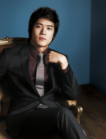 БруталиТи - большие малЬчики - Страница 15 600full-seok--jin-ha