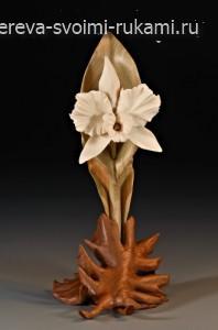 Красивая скульптурная резьба по дереву Дениз Нильсен и Джорджа Уортингтона L28-Holly-OrchidFW4258-198x300
