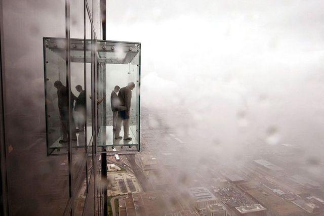 صور بلكونة شفافة في الدور 103لا يفووووتكم Sears_tower_balconies_01
