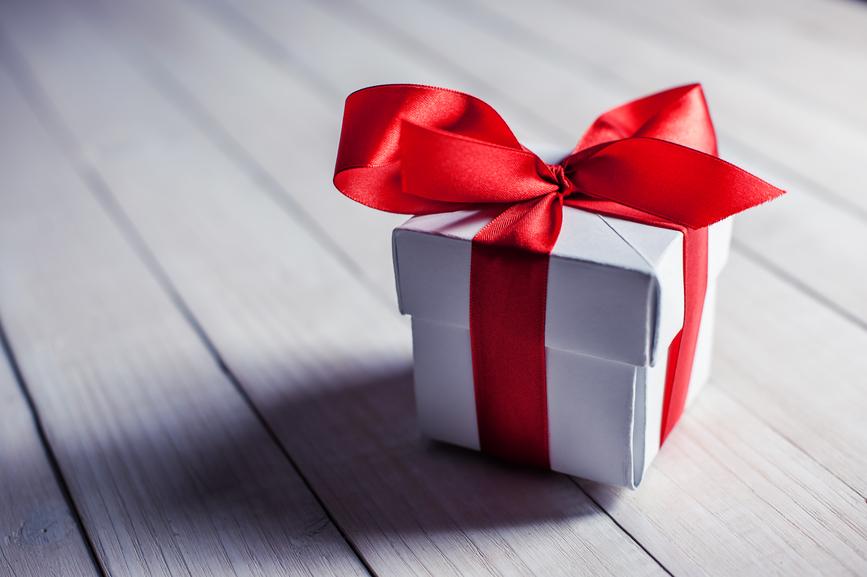 Заговор для очищения подарка. 0145750001491816910