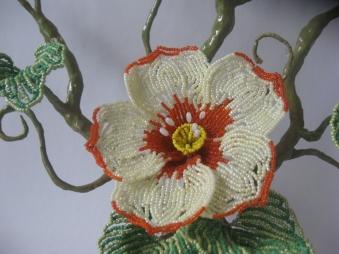 цветы из бисера - Страница 7 0738672001393844765