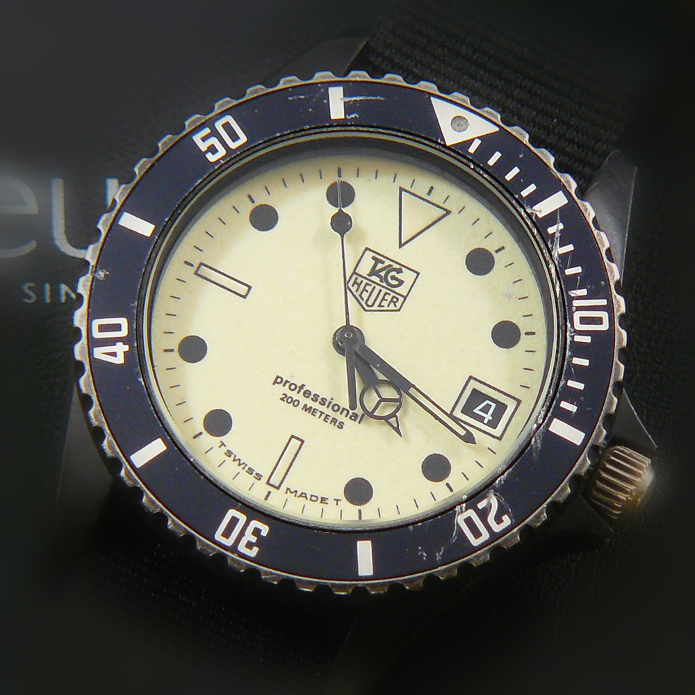 James Bond, les montres Tag-heuer-night-diver-980-031-pvd-watch-01-1000