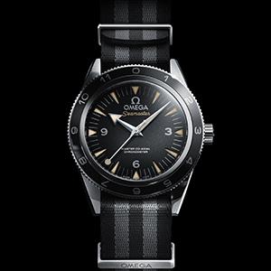 James Bond, les montres The_OMEGA_Seamaster_300_Bond_233.32.41.21.01.001_black_background-SQ300