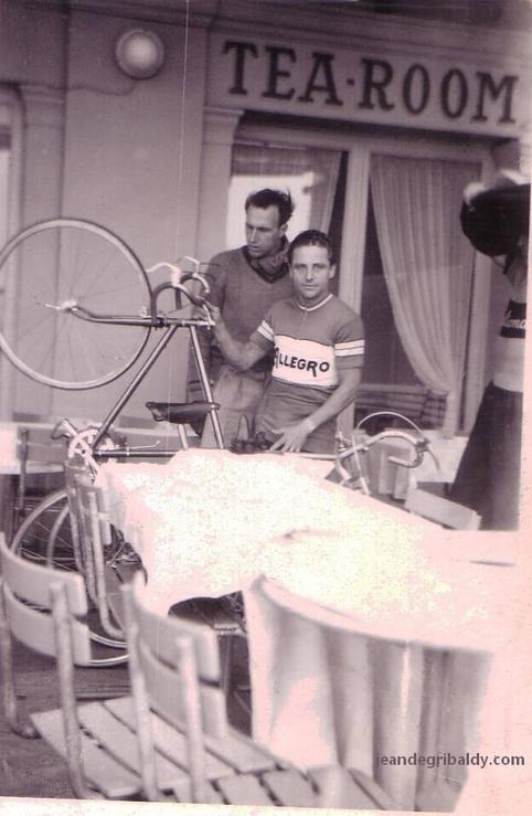 Allegro Champion du Monde +/-1948 - Page 3 Jean%20de%20gribaldy%2002